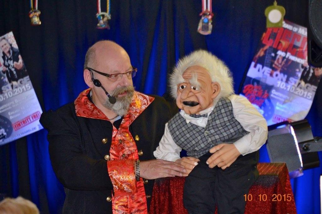 Bauchredner MERLIN beim 40jährigen Bühnenjubiläum von Cisco Steward in Kaarst